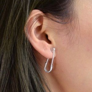 3/$30 🤍 Safety Pin Earrings